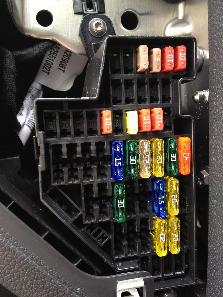 Diagram Layout As Well 98 Vw Jetta Fuse Box Diagram On Vw Jetta Fuse