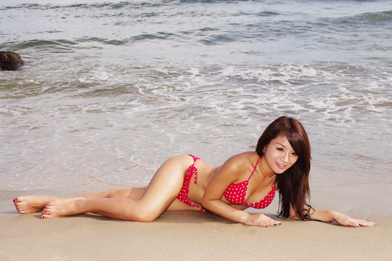 沙灘女郎 - SzeSze Lo & Miffy Suen [ 附加作品!!! ]