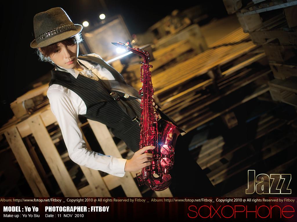 http://images4.fotop.net/albums4/Fitboy/11nov2010/yoyo004.jpg