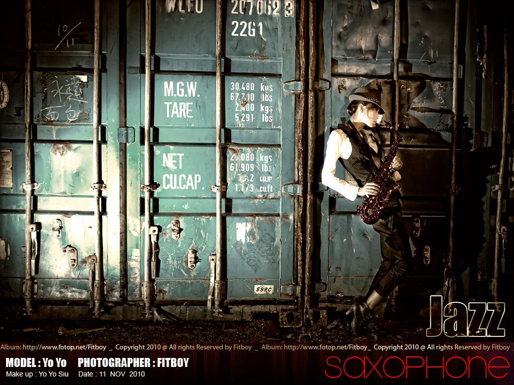 http://images4.fotop.net/albums4/Fitboy/11nov2010/yoyo019.jpg