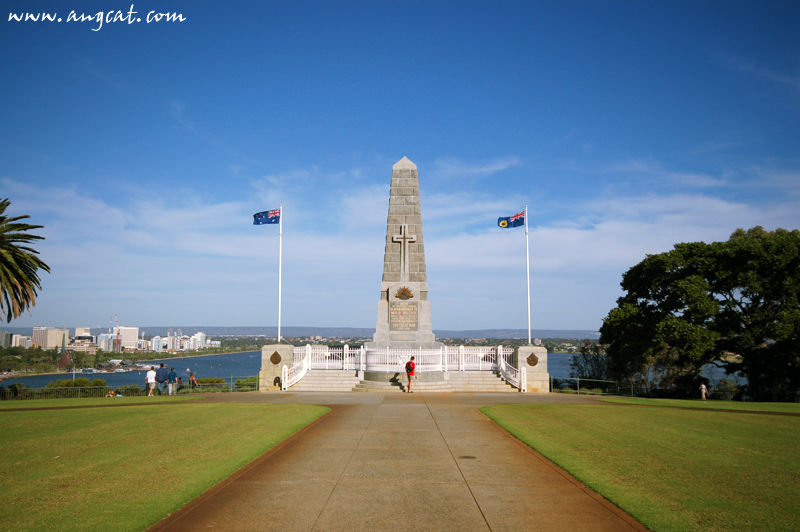 https://images4.fotop.net/albums2/angcat/Perth2006D1/DSC_0065_a.jpg